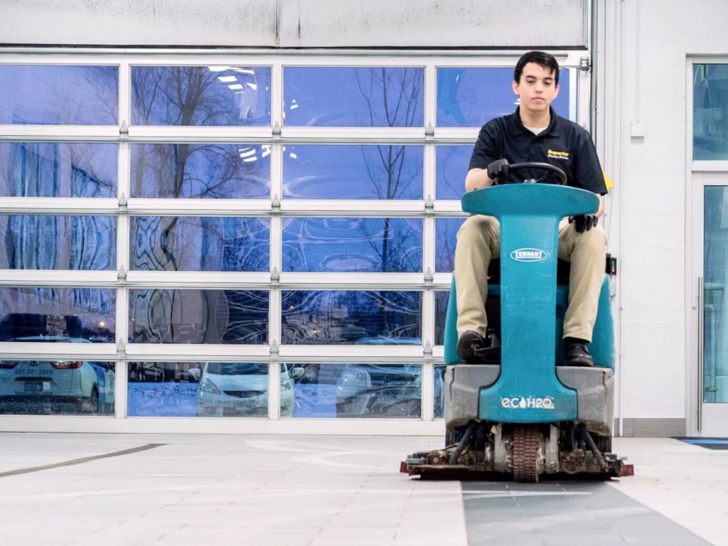 Gerson-Scrubbing-Service-Floors